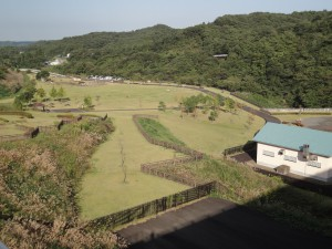 宮床ダム堤体上部から公園