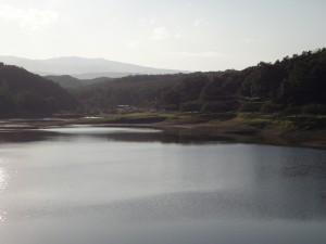 牛野ダム 船形山方面