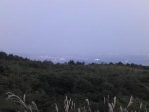 夕暮れの泉ヶ岳 泉方面