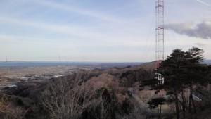 四方山山頂から対空通信所
