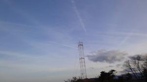 対空通信所上空